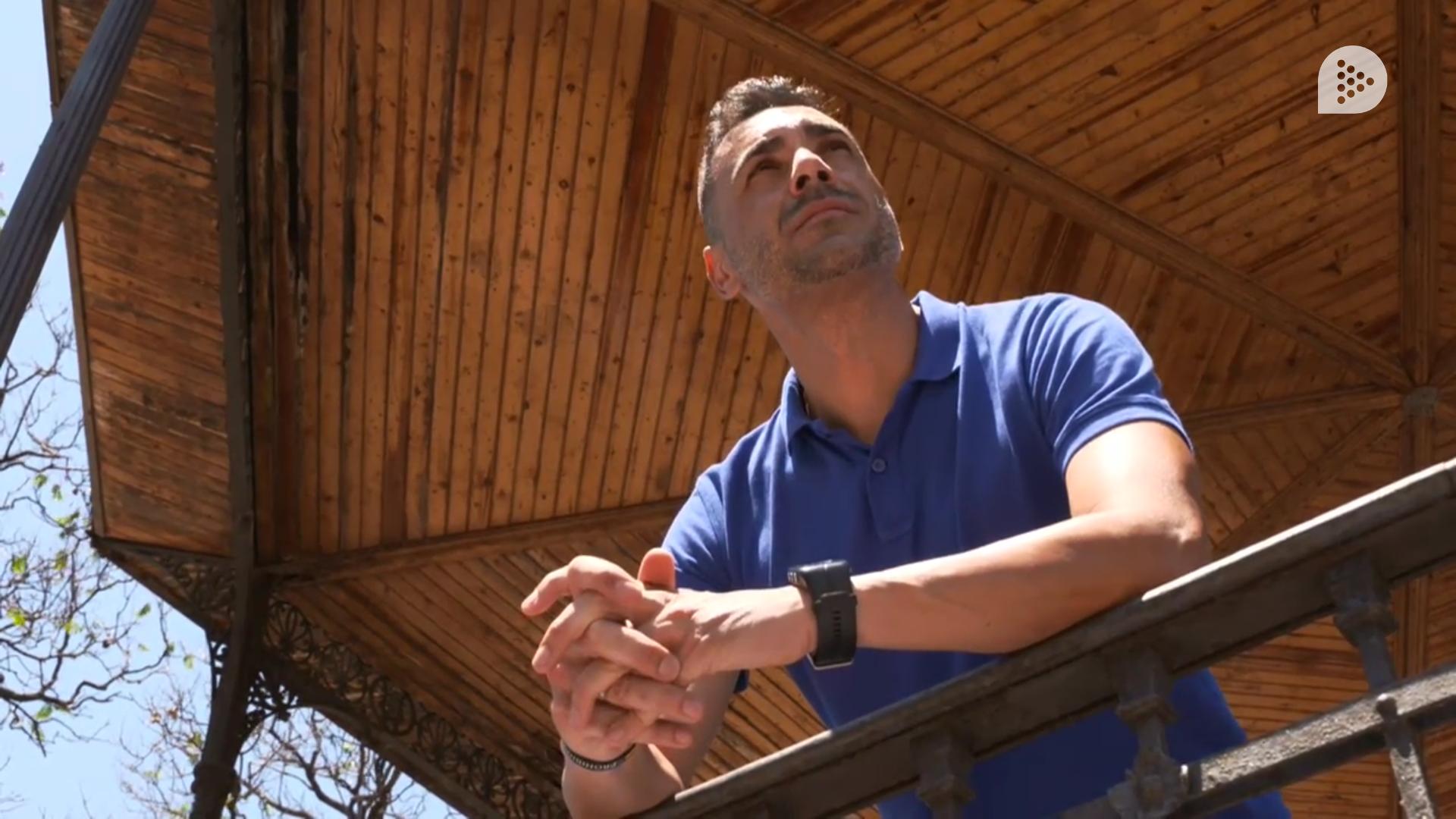 «No por estar colostomizado eres diferente al que no es portador de una bolsa. Siempre lo he contado con toda naturalidad.» – Sergio Mesa, paciente con ostomía, en #FFPaciente.